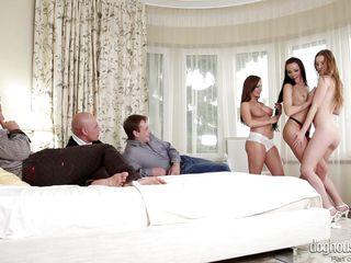 Смотреть порно лизал жену пизду