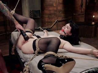 шлюха рабыня порно